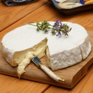 купить Сыр Бри Франция